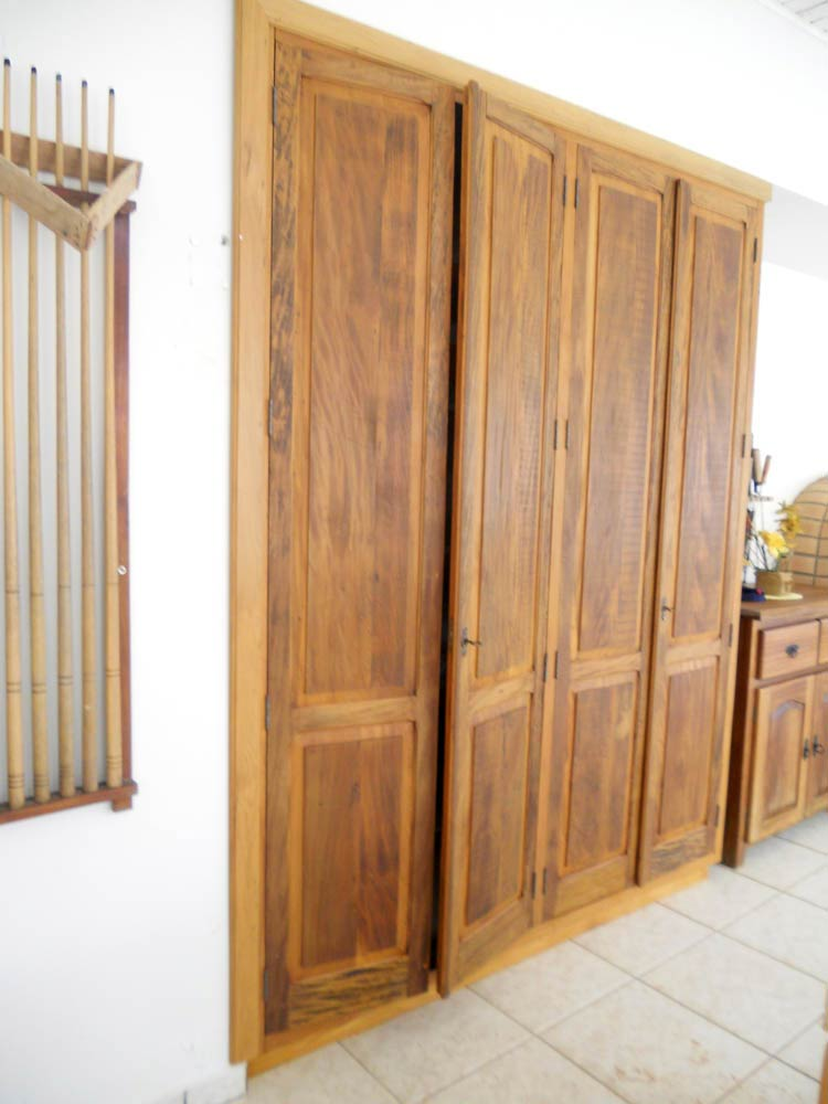 Armário em Madeira de Demolição  01  Villa Sebrian  Móveis e Decorações -> Armario De Banheiro Madeira Demolicao