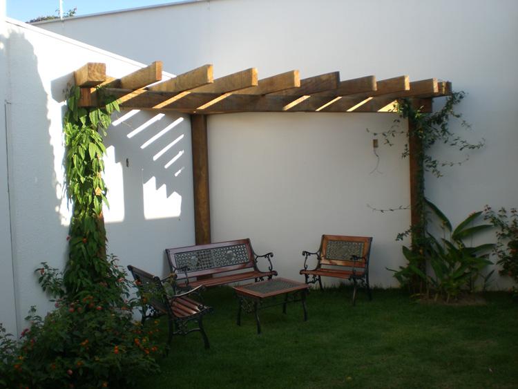 Pergolado em madeira ma aranduba villa sebrian m veis for Esplanada dos jardins 1